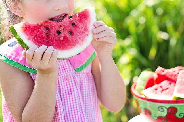 【ニュースまとめ】自律神経をケアして夏バテ解消−ドリンク、食べもの、マインドフルネス−