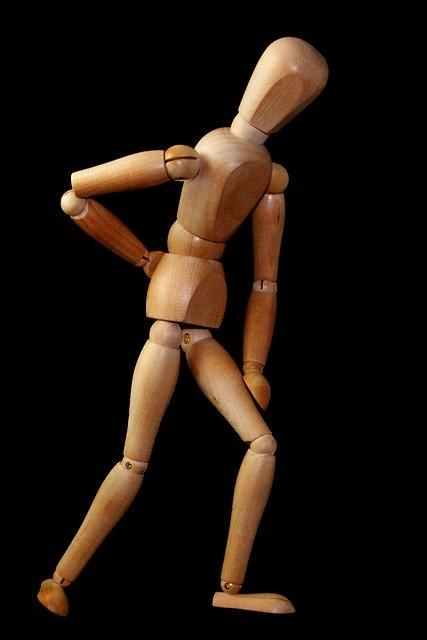 【サクッと理解】腰椎圧迫骨折になりやすいのは?原因と治療・リハビリテーション